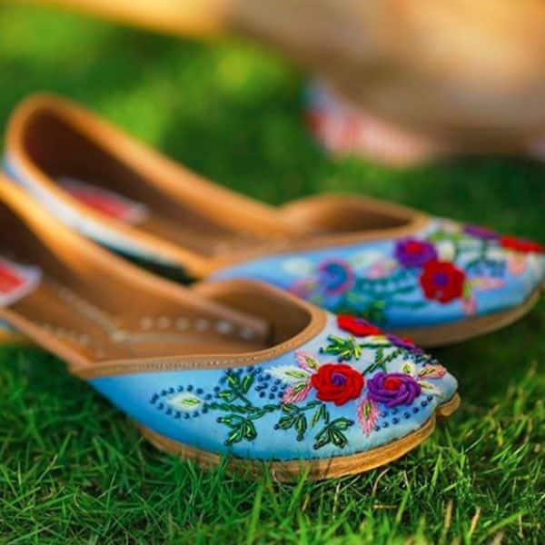 राजस्थानी जूतियों पर आ गया है एरिका फर्नांडिस (Erica Fernandes) का दिल