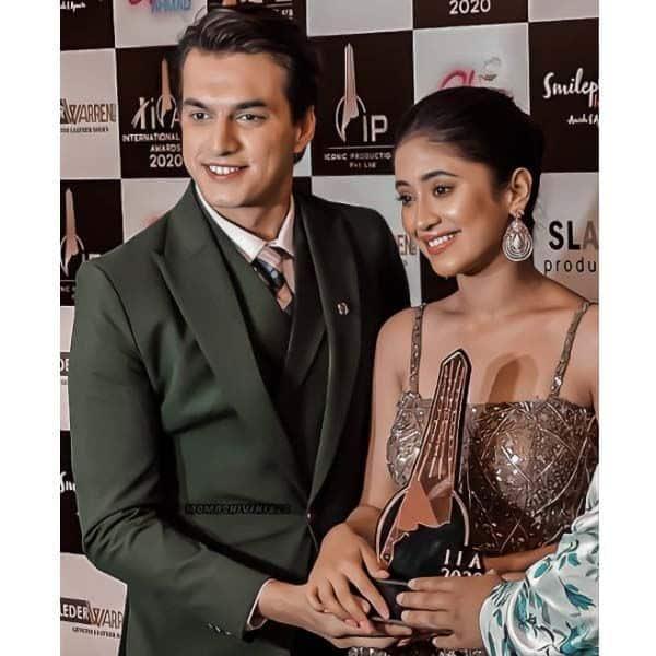 मोहसिन खान और शिवांगी जोशी को मिले कई अवॉर्ड
