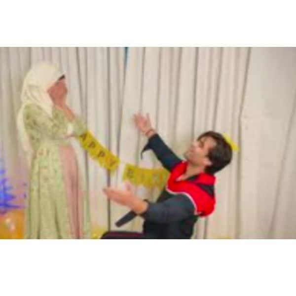 बहना पर प्यार लुटाते नजर आए शोएब इब्राहिम (Shoaib Ibrahim)