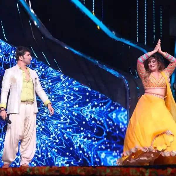 'इंडियन आइडल 12' में डांस करती नजर आईं सोनिया कपूर (Sonia Kapoor)
