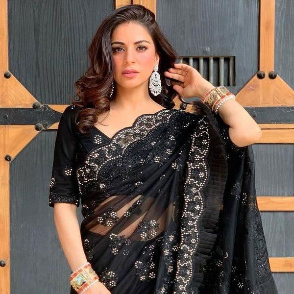 Pretty Shraddha Arya