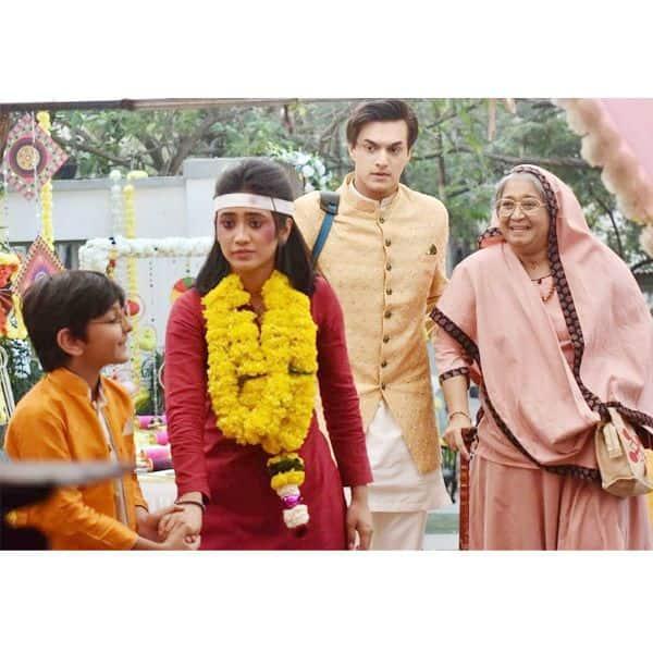 सीरत (Shivangi Joshi) को देखकर खुश हुआ कैरव