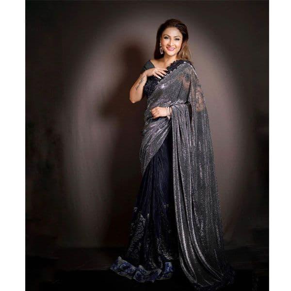 Urvashi Dholakia – the gorgeous babe