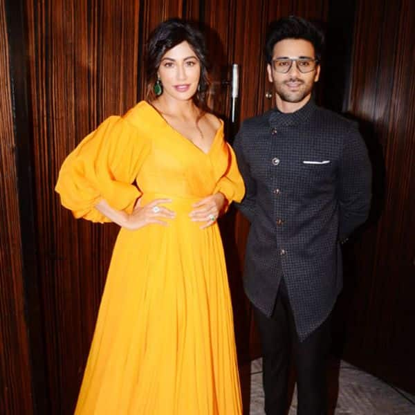बला की खूबसूरत लग रही हैं चित्रांगदा सिंह (Chitrangada Singh)