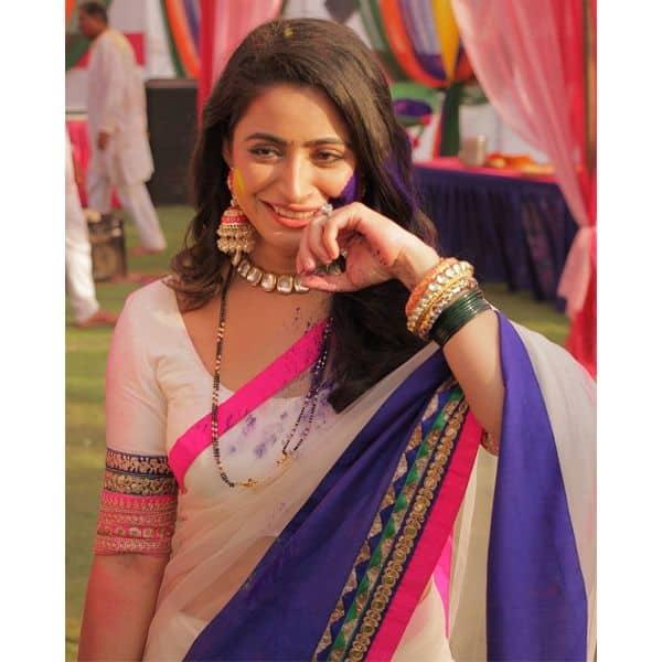 ऐश्वर्या शर्मा (Aishwarya Sharma) ने जमकर खेली होली