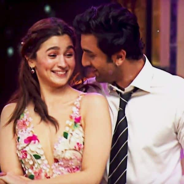 Alia and Ranbir's Ishq Wala Love at Zee Cine Awards