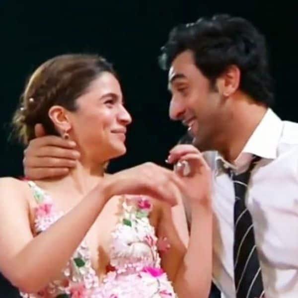 5 romantic moments of Alia Bhatt and Ranbir Kapoor