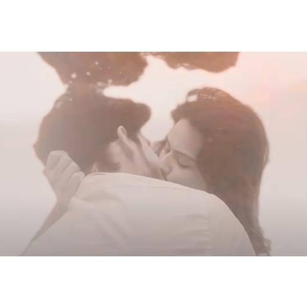 रवि दुबे (Ravi Dubey) और निया शर्मा (Nia Sharma) के किसिंग सीन ने उड़ा दिए थे सबके होश