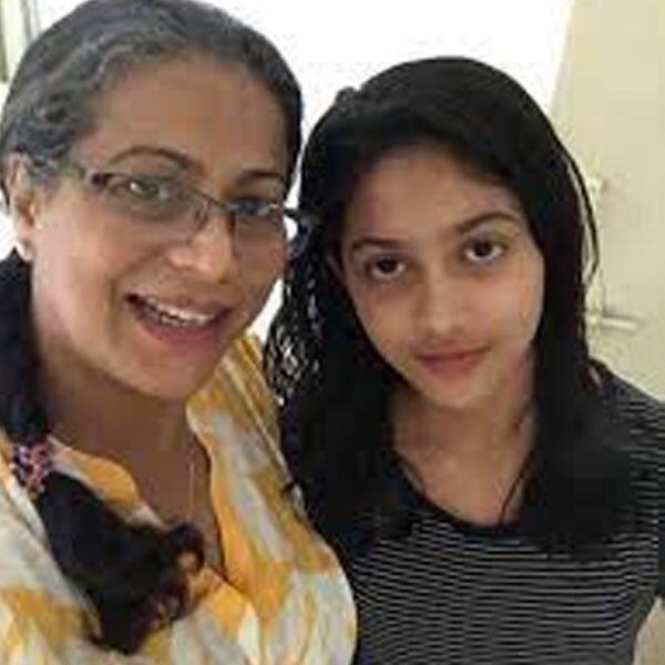 मोना अंबेगांवकर (Mona Ambegaonkar)
