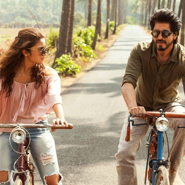 शाहरुख खान (Shah Rukh Khan)-आलिया भट्ट (Alia Bhatt)