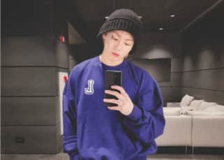 BTS's Jungkook drops a mirror selfie with a heartwarming message and ARMY can't keep calm – view tweets