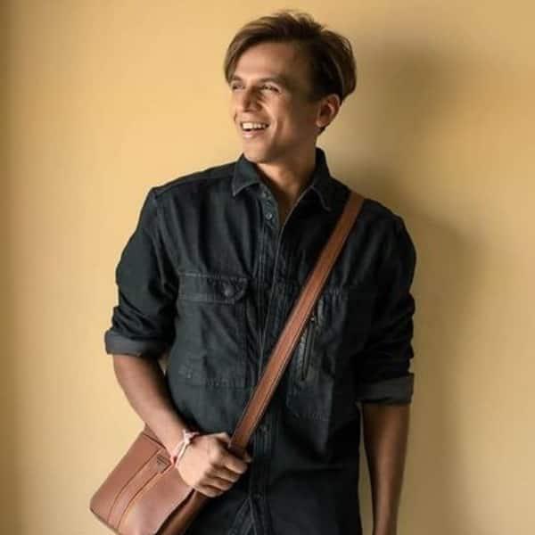 Indian Idol 1 – Abhijeet Sawant