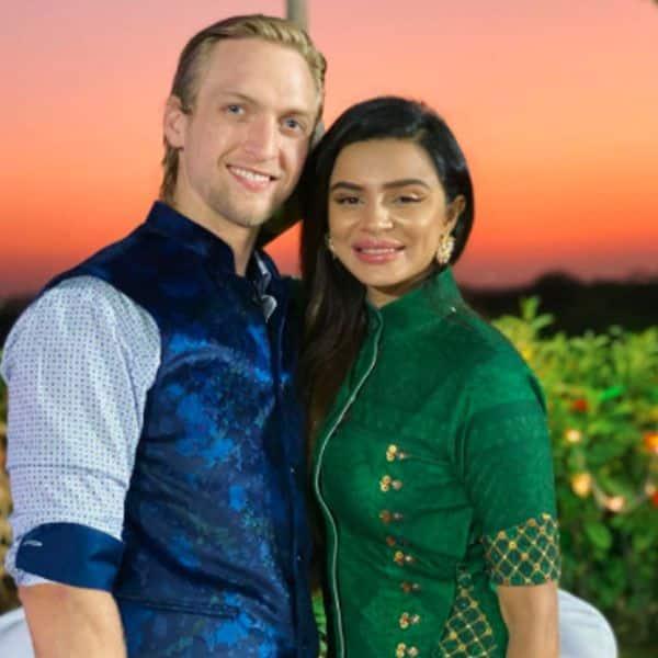 Aashka Goradia and Brent Goble