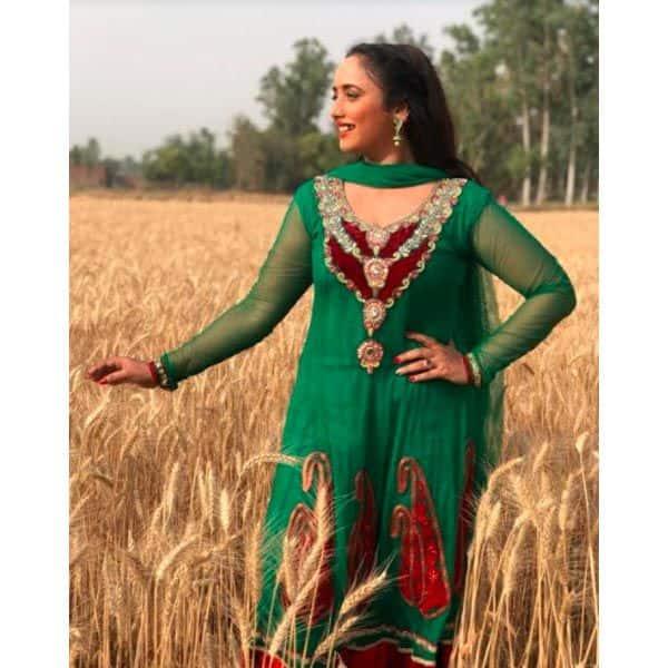 भोजपुरी इंडस्ट्री की दमदार अदाकारा हैं रानी चटर्जी
