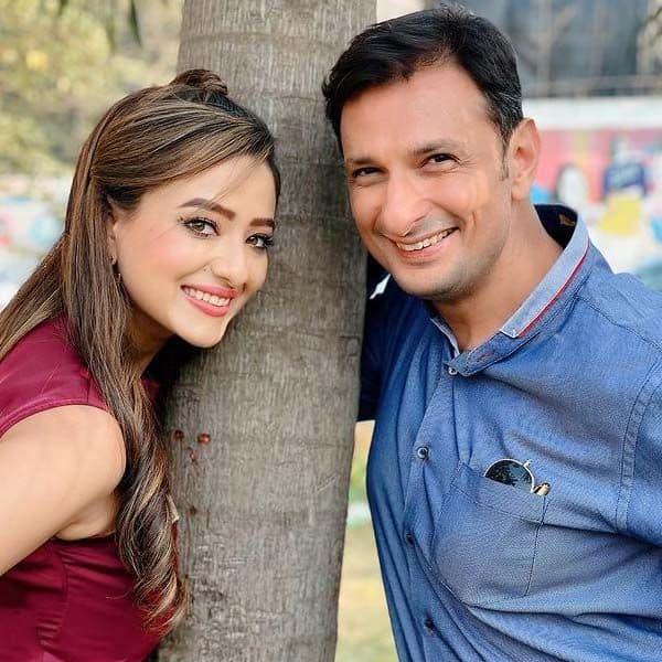 रुशद राणा (Rushad Rana) के साथ दिखीं मदालसा शर्मा (Madalasa Sharma)