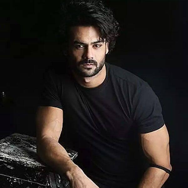 विशाल आदित्य सिंह (Vishal Aditya Singh)