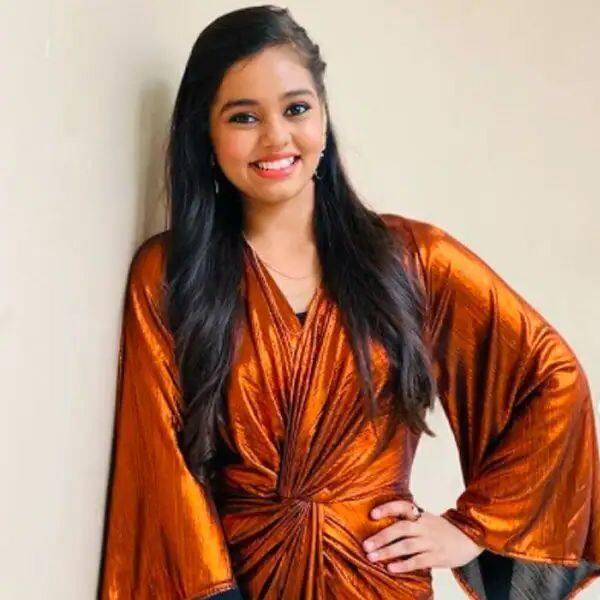 रॉकस्टार की तरह ड्रेस-अप होती हैं सन्मुखप्रिया (Shanmukhapriya)