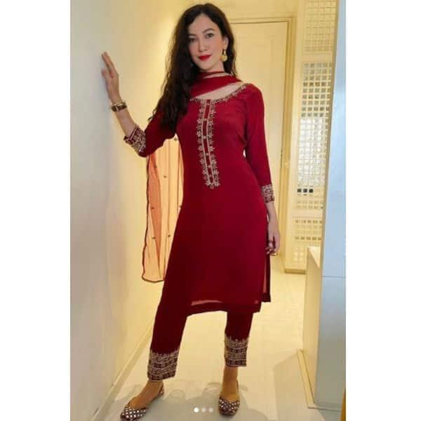 खूब जंचेगा गौहर खान के जैसा रामपुरी कढ़ाई वाला सूट