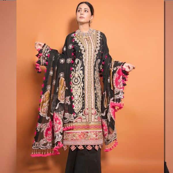 काले रंग के कढ़ाईदार सूट में खूबसूरत लगीं हिना खान