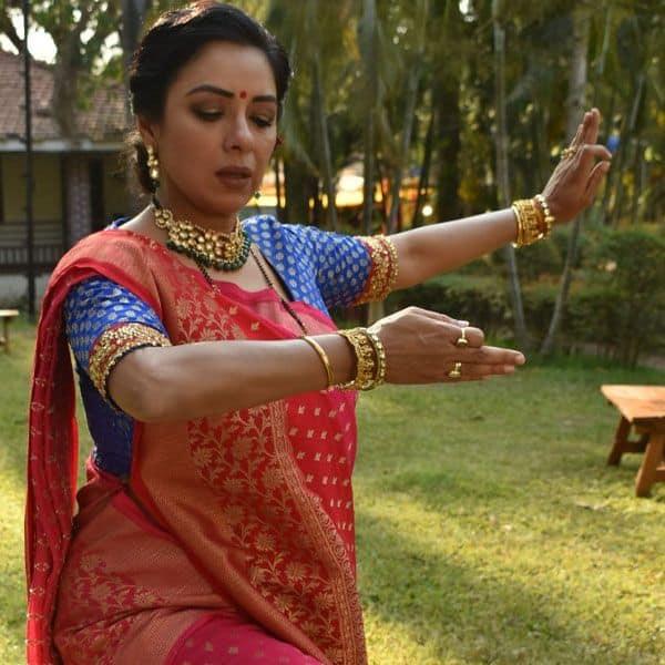 Rupali Ganguly's dance performance