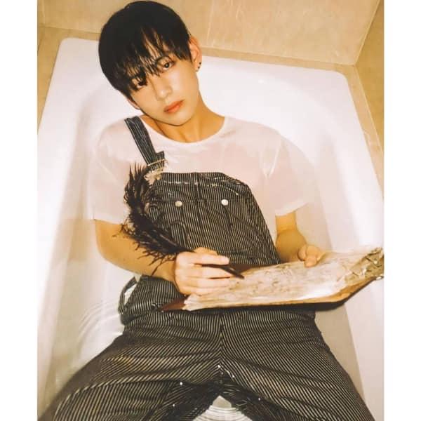 Kim Taehyung aka BTS V's bathtub photoshoot