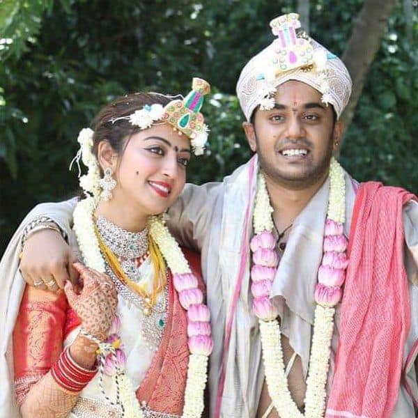 शादी का आयोजन बड़े स्तर करना चाहती थीं Pranitha Subhash
