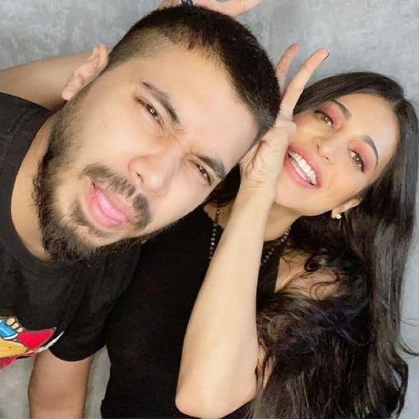 Shruti Haasan gets locked down with boyfriend Santanu Hazarika