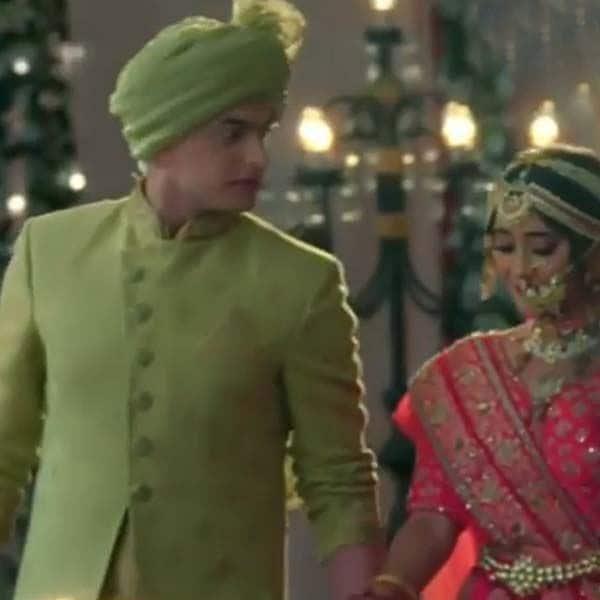 शादी के मंडप पर सीरत (Shivangi Joshi) को ले जाएगा कार्तिक (Mohsin Khan)