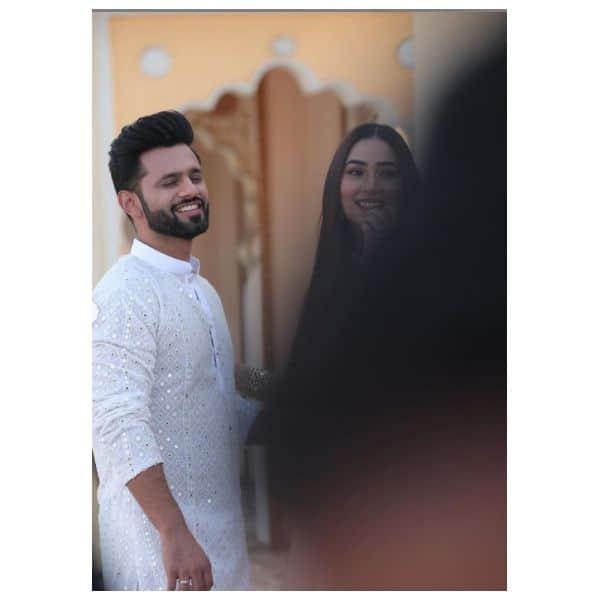 अपने बॉयफ्रेंड राहुल वैद्य (Rahul Vaidya) को बहुत मिस कर रही हैं दिशा परमार (Disha Parmar)