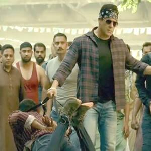 Radhe Twitter and Fans Review: Salman Khan के एक्शन ने दर्शकों को किया दीवाना, बोले 'एकदम मसालेदार एंटरटेनर...'