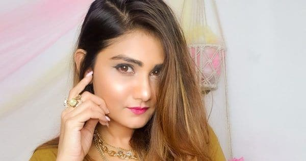 Girlistan - Fashion & Travel Blogger The Gulabi Girl aka Pranjal Salecha On What Has Changed In Blogging Over The Years