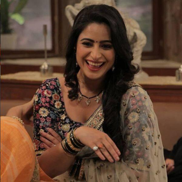 खुशी के मारे फूली नहीं समा रही हैं ऐश्वर्या शर्मा (Aishwarya Sharma)