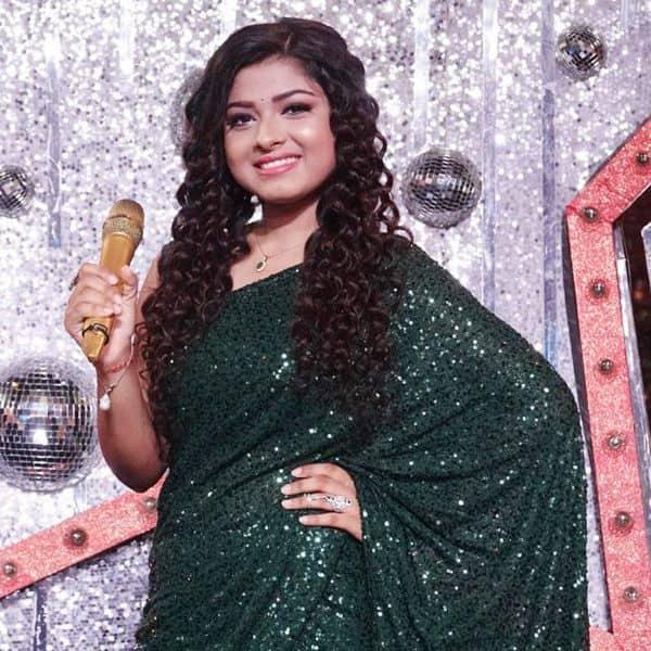 Arunita Kanjilal sings to Javed saab's lyrics