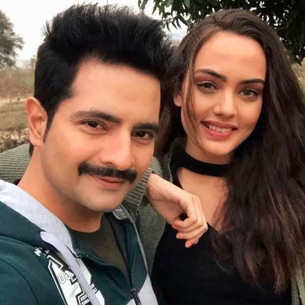 Karan Mehra and Himanshi Parashar disable comments
