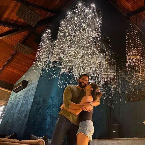 Naga Chaitanya and Samantha Akkineni - Romantic couple of Tollywood