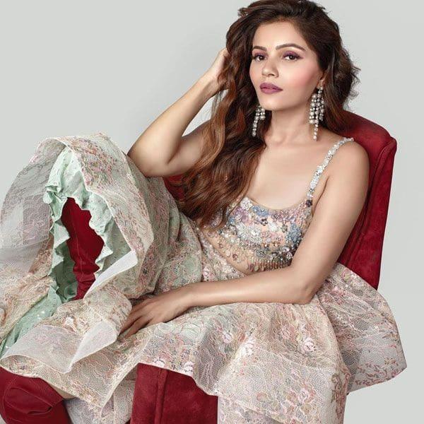 अभिनव शुक्ला (Abhinav Shukla) के बिना समय बिता रही हैं रुबीना दिलाइक (Rubina Dilaik)