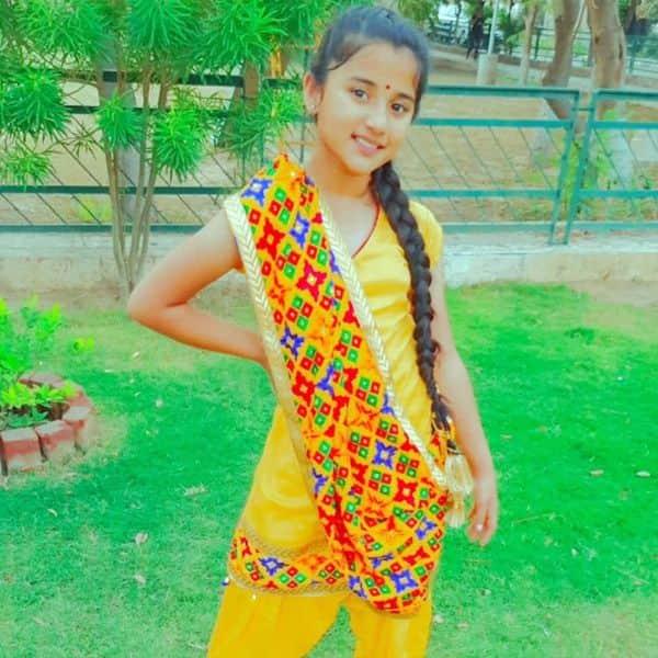 Aurra Bhatnagar-Barrister Babu