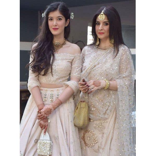 Shanaya Kapoor and Maheep Kapoor