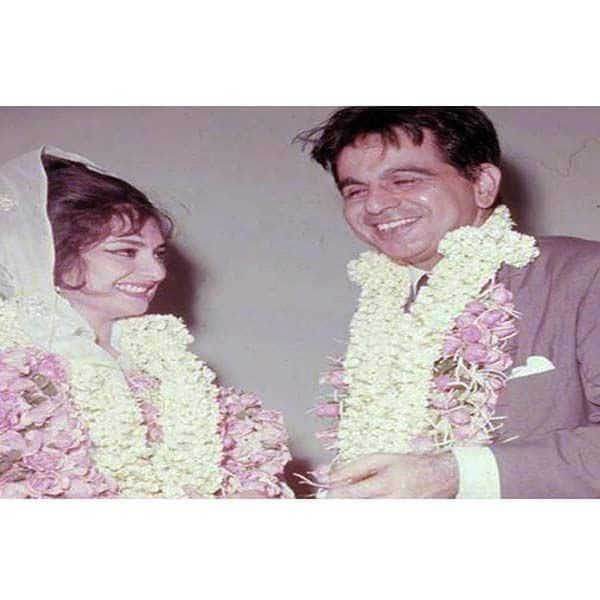 शादी के दिन भी दिलीप कुमार (Dilip Kumar) ले आए थे गुलाबी जयमाला