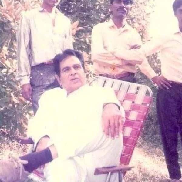 दिलीप कुमार (Dilip Kumar) के पास थी गुलाबी कुर्सी