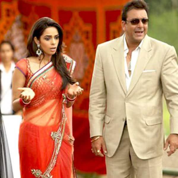 Sanjay Dutt called Mallika Sherawat badly dressed!