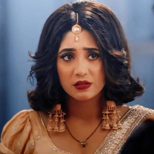 परेशान हो जाएगी सीरत (Shivangi Joshi)