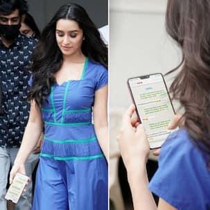Shraddha Kapoor को मीडिया के सामने फोन चलाना पड़ा भारी, सरेआम लीक हुई पर्सनल चैट