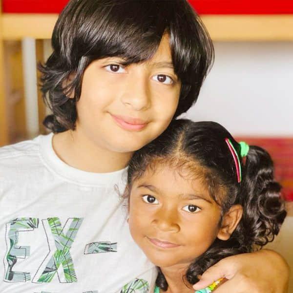 मंदिरा बेदी के दोनों बच्चें हैं बेहद क्यूट
