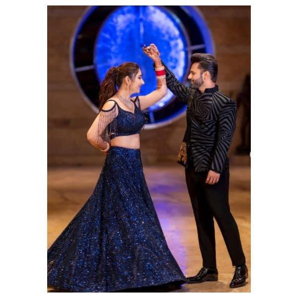 राहुल वैद्य (Rahul Vaidya) के साथ डांस करती दिखीं दिशा परमार (Disha Parmar)
