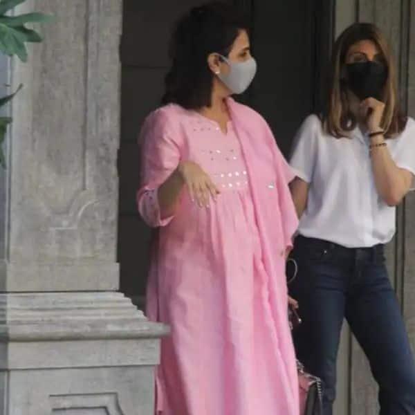 नीतू कपूर (Neetu Kapoor) के साथ दिखी बेटी रिद्धिमा कपूर (Riddhima Kapoor)