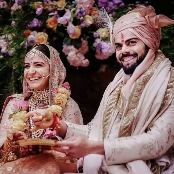 अनुष्का शर्मा और विराट कोहली (Anushka Sharma-Virat Kohli)
