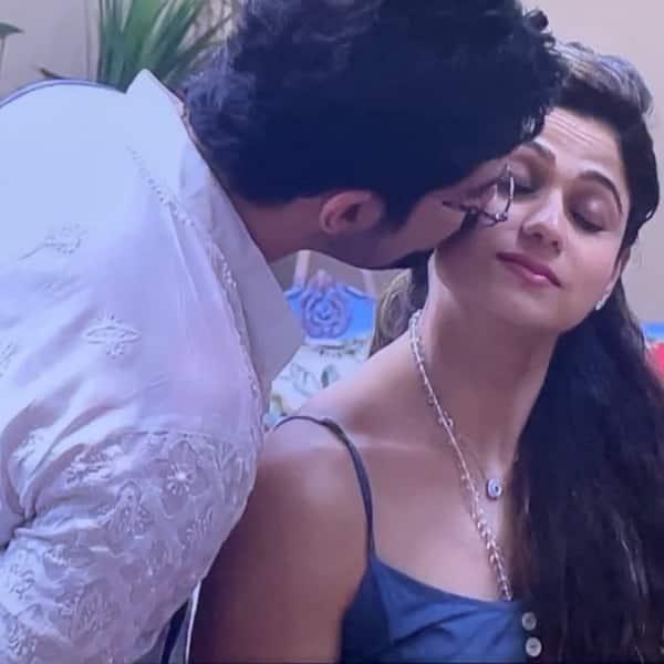 Bigg Boss OTT: Shamita Shetty fumes and shows her possessiveness when she finds Divya Agarwal's lip balm in Raqesh Bapat's pocket.