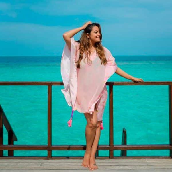 मालदीव में जमकर पोज देती दिखीं अनीता हसनंदानी (Anita Hassanandani)