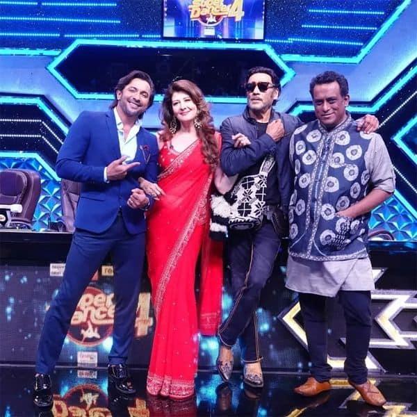 जैकी श्रॉफ (Jackie Shroff) और संगीता बिजलानी (Sangeeta Bijlani) ने सेट पर दिए जमकर पोज